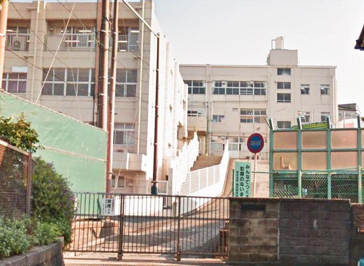 稲荷台小学校